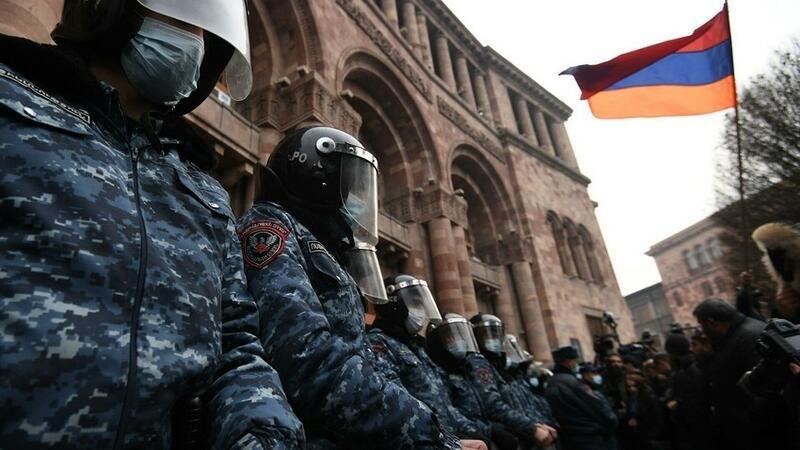SON DƏQİQƏ!!! Ermənistanda SON DURUM -  Bütün ORDU AYAĞA QALXDI - İrəvanda XAOS
